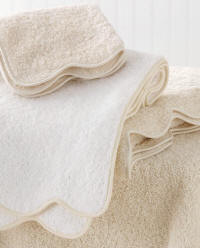 Luxury Bath Towels with Scallop or Straight Edge Piping Details