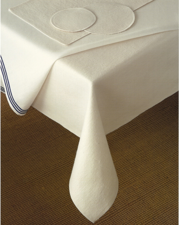 Luxury Home Design Furniture Table Pad